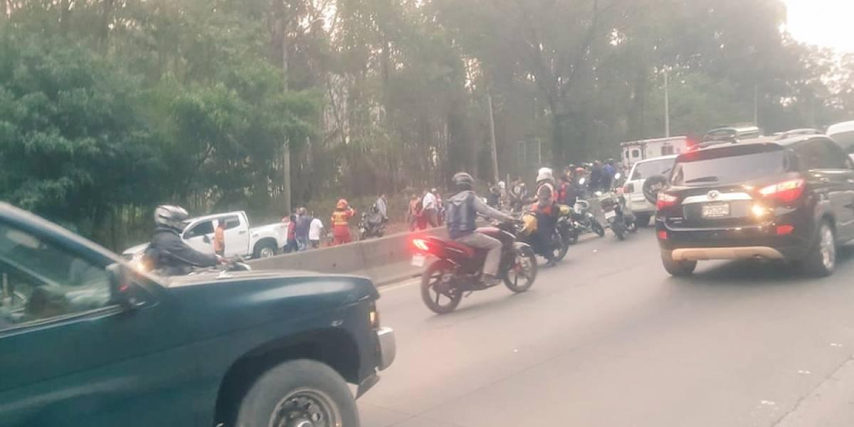 Multiple colisión en bajada de Villalobos deja un niño fallecido