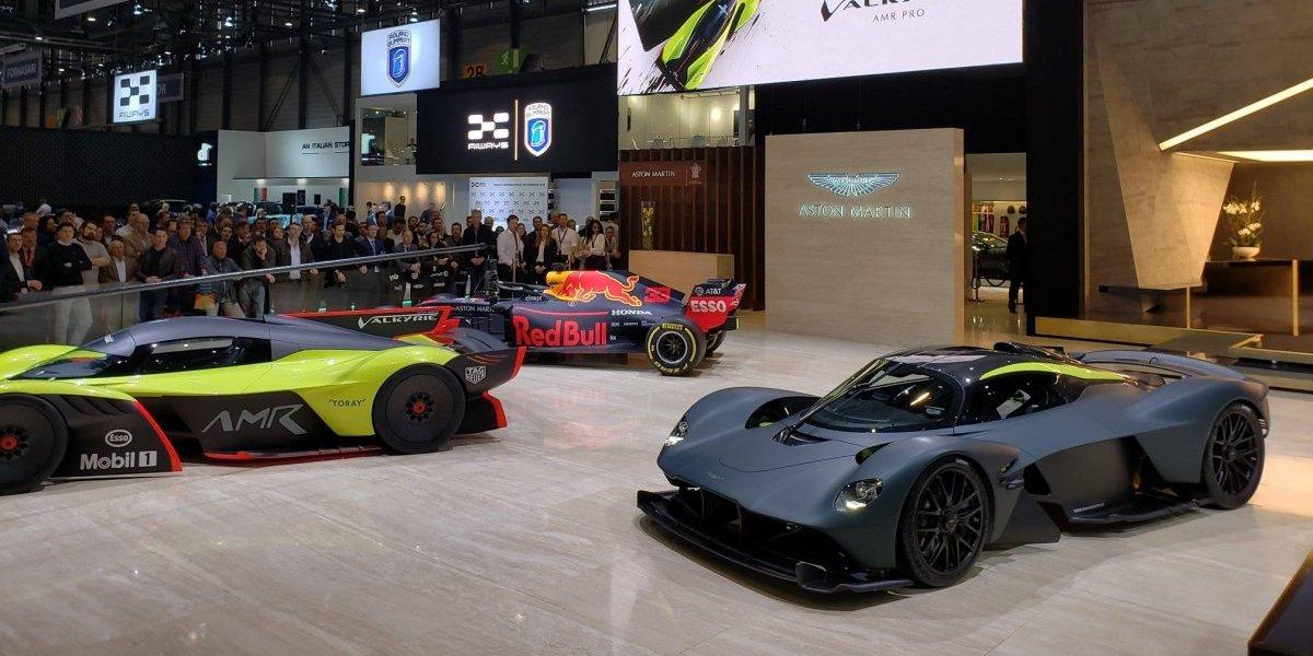 Salão de Genebra 2019: confira as fotos do Aston Martin Valkyrie; um dos três hipercarros em exibição pela montadora inglesa