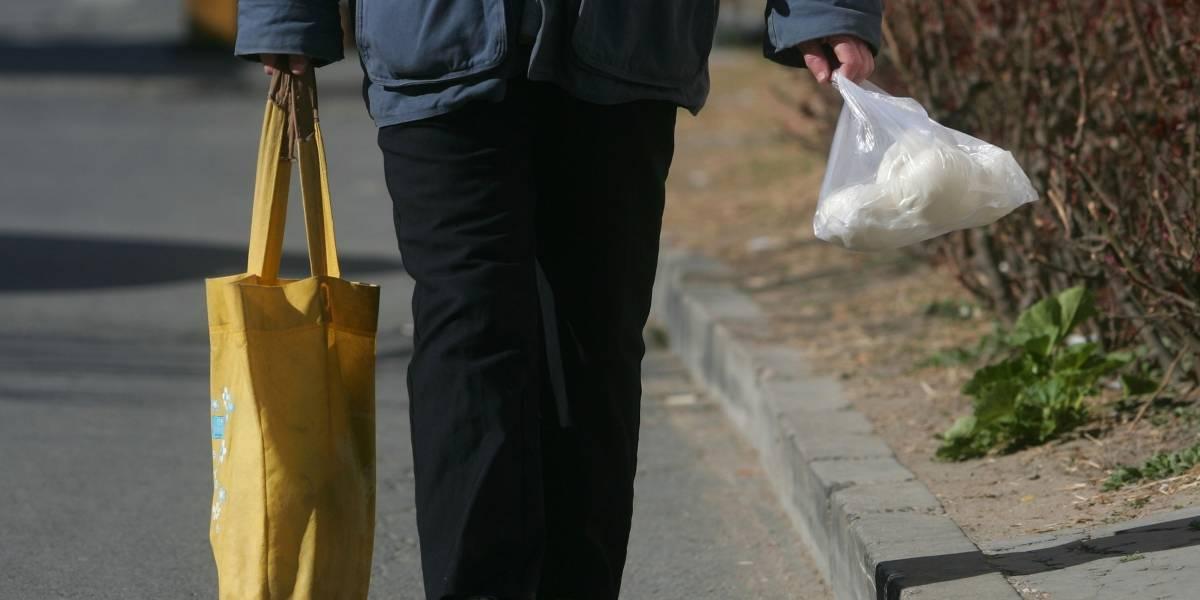 ¡Lo agradece el planeta! Llegan a Colombia las bolsas que se disuelven en agua