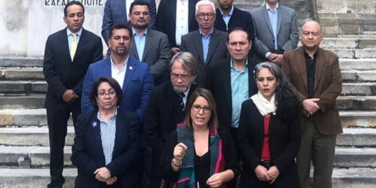 Las críticas a Juanita Goebertus por defender la JEP y haber votado en blanco