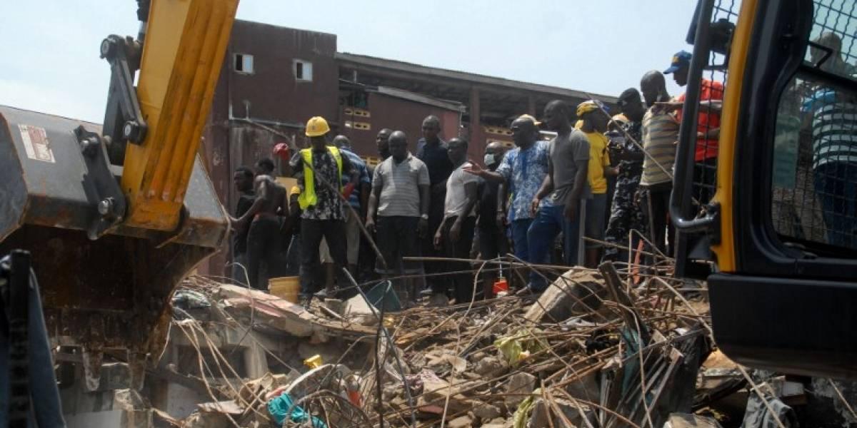 Se derrumbó una escuela en Lagos y hay niños atrapados — Nigeria