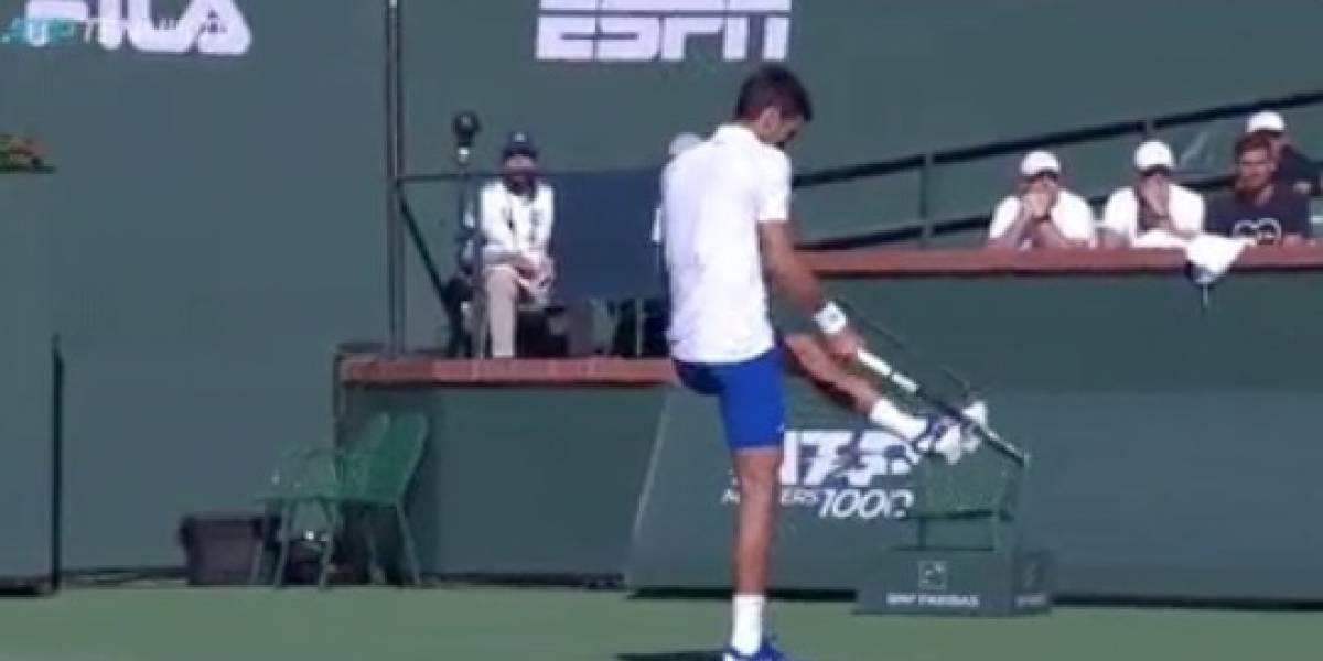VIDEO: Djokovic enloquece y destruye raqueta en Indian Wells