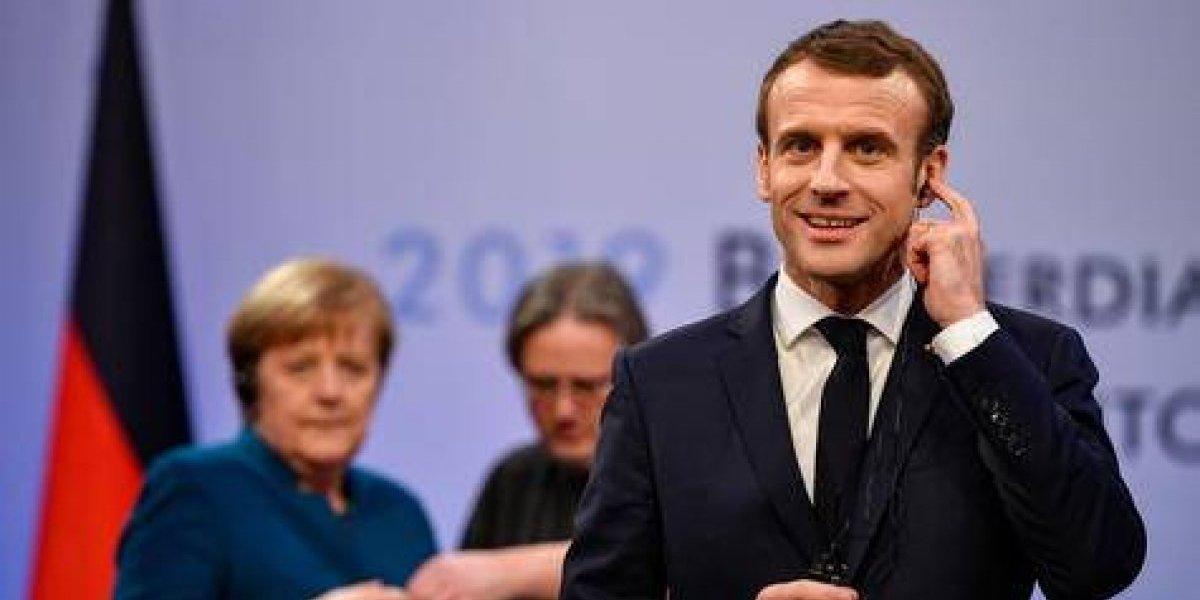"""Emmanuel Macron pide """"renacimiento de la Unión Europea"""""""