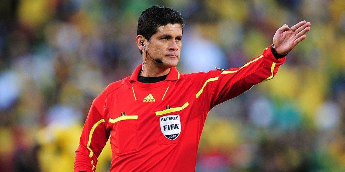 Ex árbitro mundialista es acusado de acoso sexual por colegas en Colombia