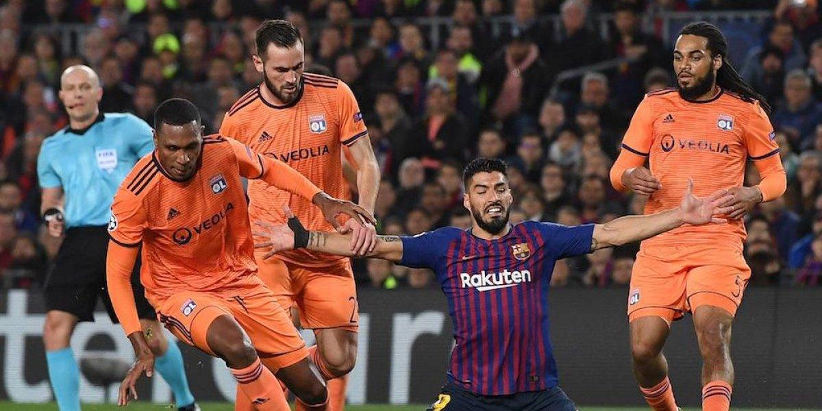 Luis Suárez acepta que no hubo penal en el juego ante Lyon