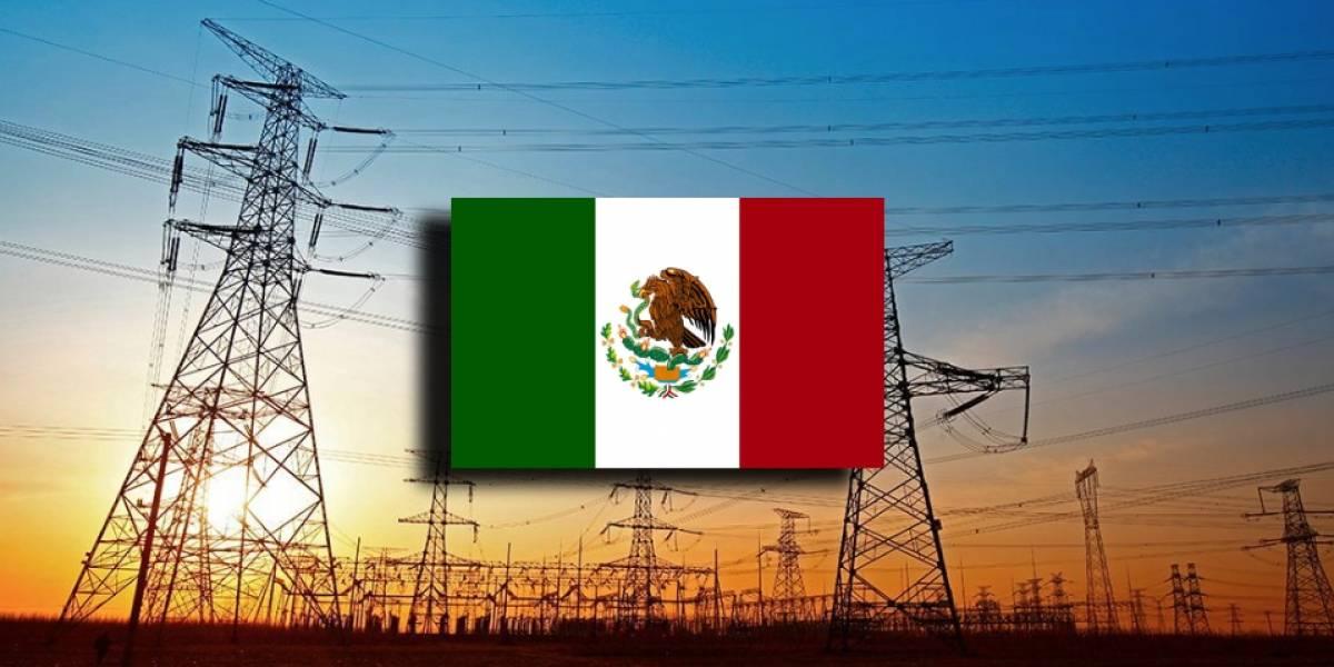 AMLO anuncia la Red Troncal, un proyecto para llevar Internet a todo México
