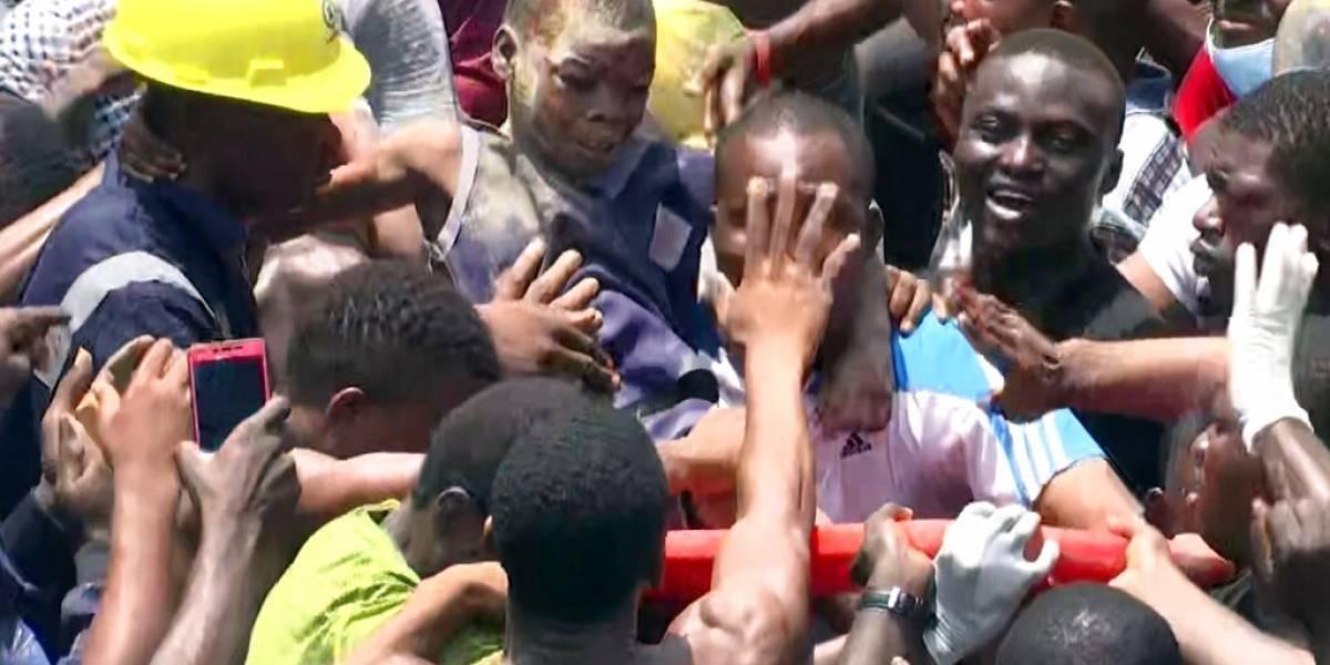 Video: Labores de rescate tras derrumbe de escuela en Nigeria
