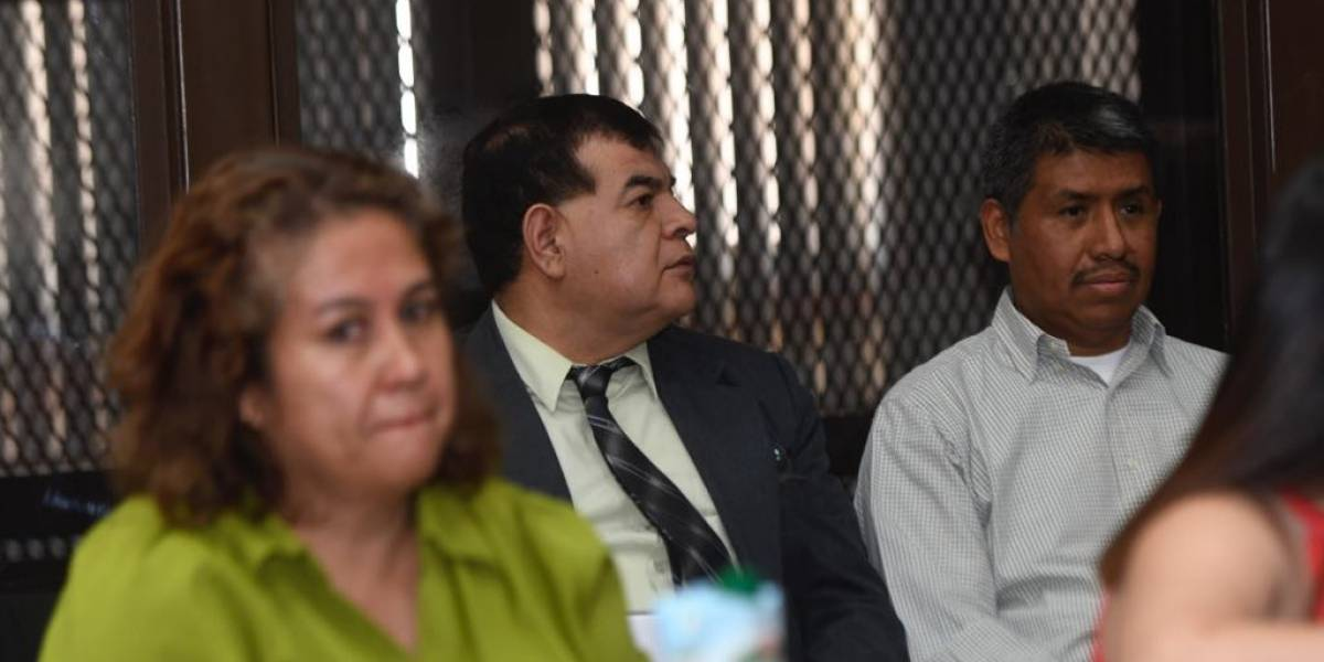 Exfiscal Ronny López es enviado a juicio en el caso Manipulación de Justicia