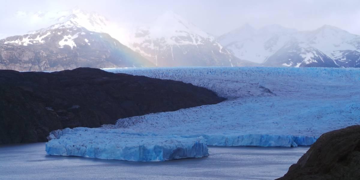 Alerta por desprendimiento de dos icebergs del Glaciar Grey en Chile