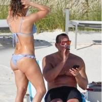 Jennifer Lopez aparece al natural en bikini en las Bahamas