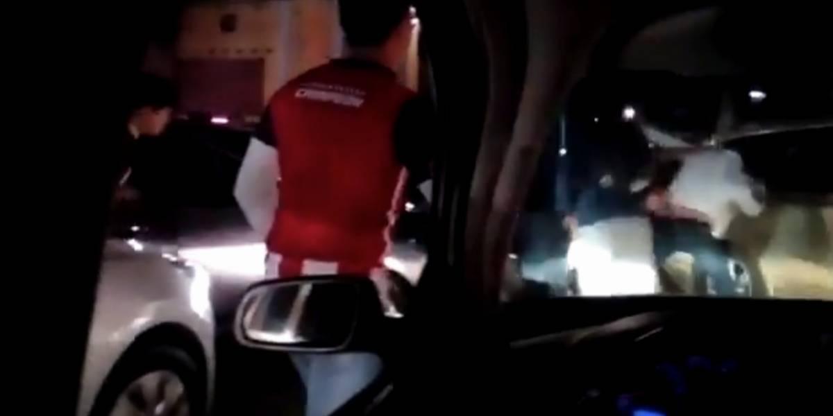 VIDEO: Aficionados protagonizan una pelea más en el Estadio Azteca