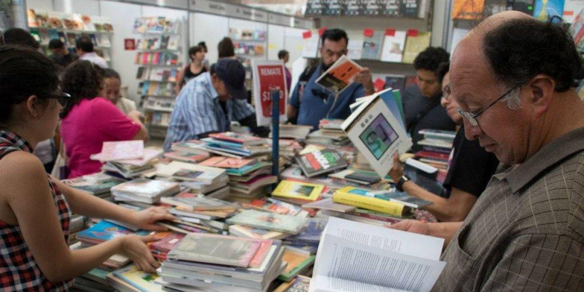 Remate de libros del Auditorio Nacional cambia de sede