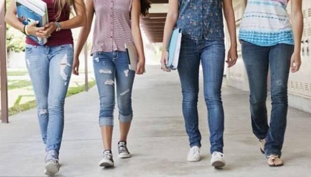 Cómo afecta tu cuerpo el uso de jeans ajustados