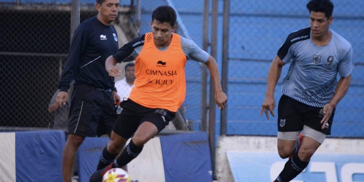 Con balazos, exigen a equipo argentino ganar su próximo partido