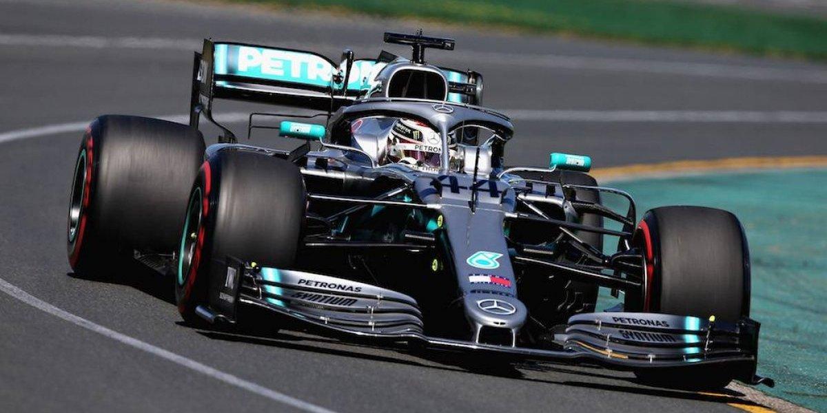 Hamilton, el más rápido en primera práctica de la nueva temporada de F1; Checo 16