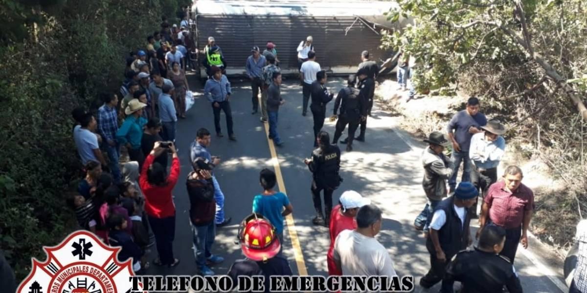 Accidente de tránsito deja 12 heridos en Chimaltenango