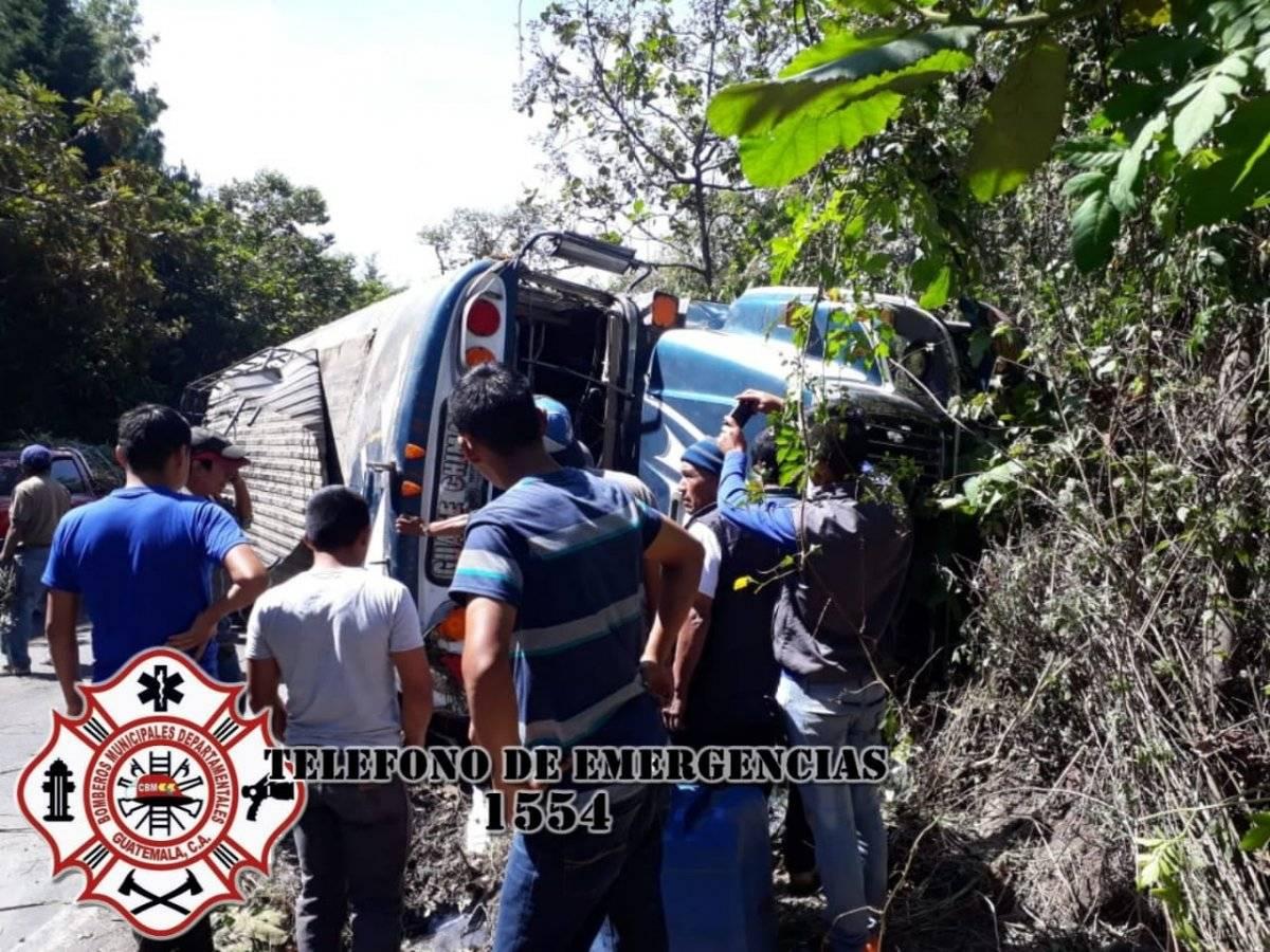 Accidente de tránsito en Yepocapa. Foto: Bomberos Municipales Departamentales