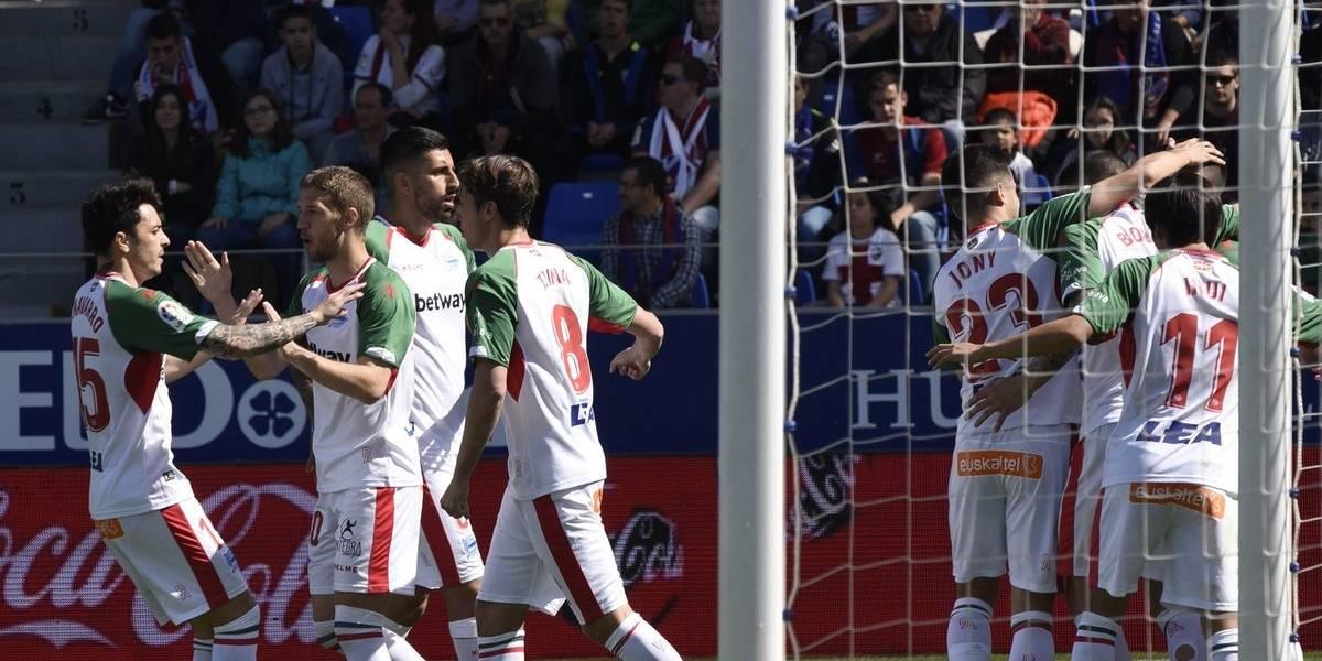 Guillermo Maripán brilla con una asistencia en triunfo del Alavés que sueña con la Champions