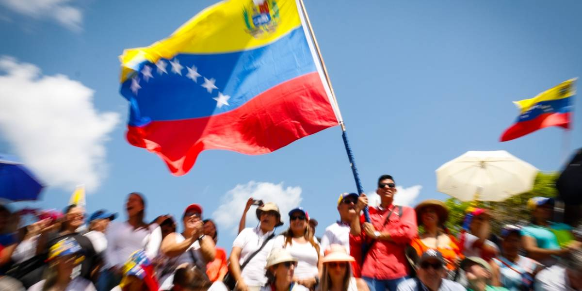 """Rusia asegura que sistema eléctrico venezolano fue atacado """"desde el exterior"""""""