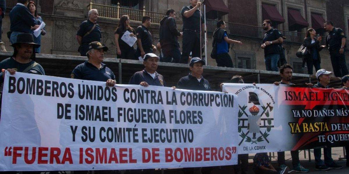 Bomberos piden acabar con violencia del sindicato de la corporación