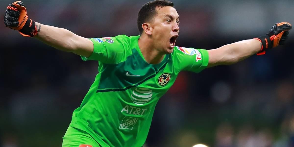 Agustín Marchesín 'trollea' a aficionado de Cruz Azul