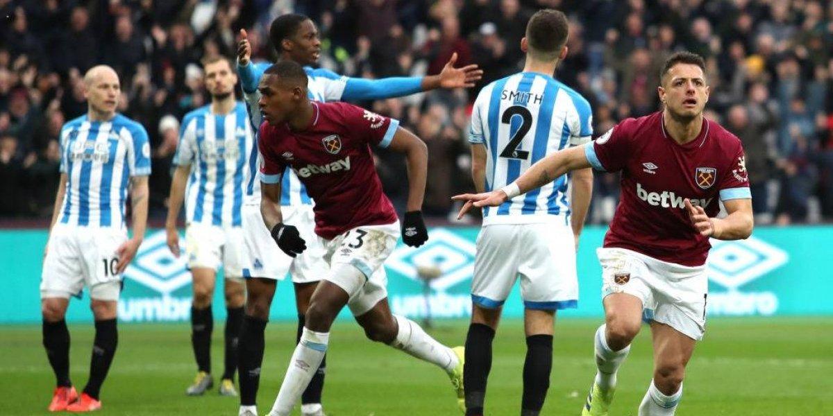 Mete doblete y West Ham United derrota al Huddersfield —