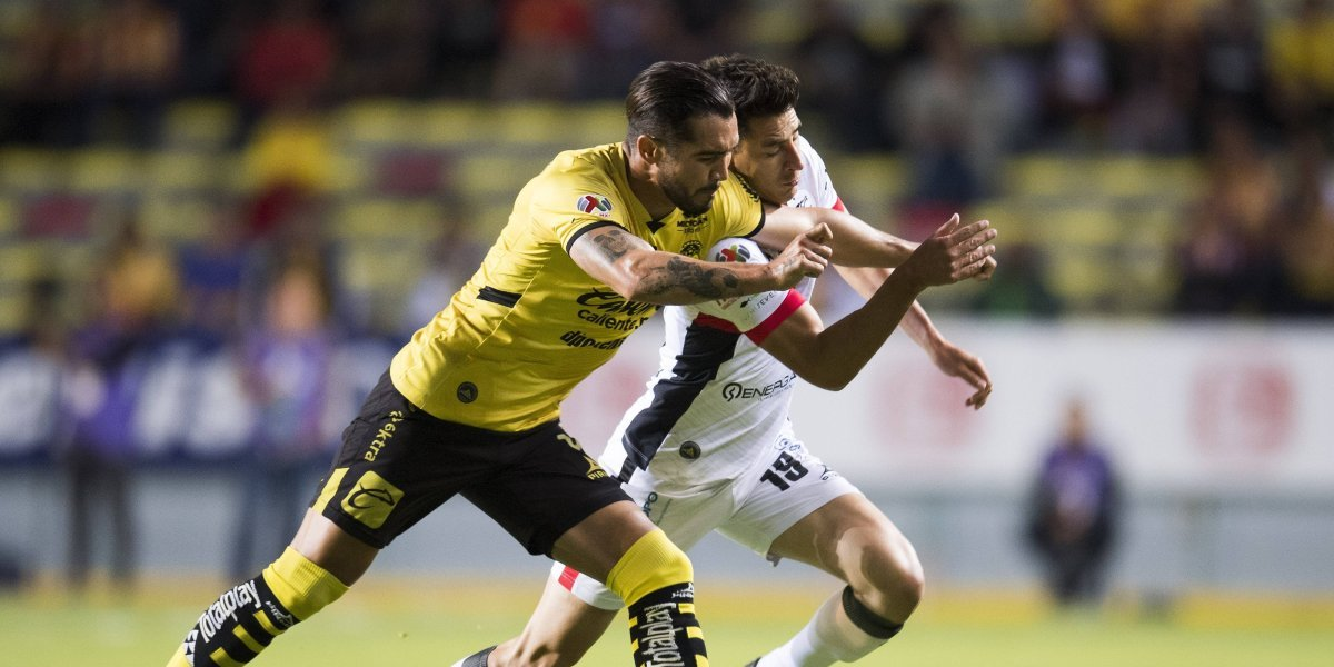 Lobos BUAP acaricia la salvación tras empate ante Monarcas