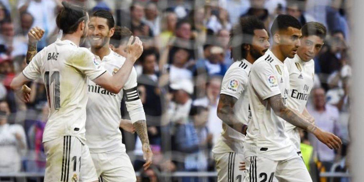 """Fiesta blanca en el regreso de """"Zizou"""" al Bernabéu"""