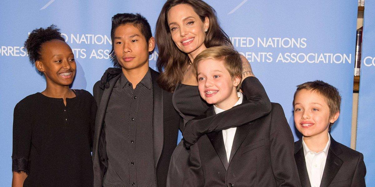 """Esta es la foto que confirmaría el supuesto """"cambio de sexo"""" de Shiloh, la hija de Angelina Jolie y Brad Pitt"""