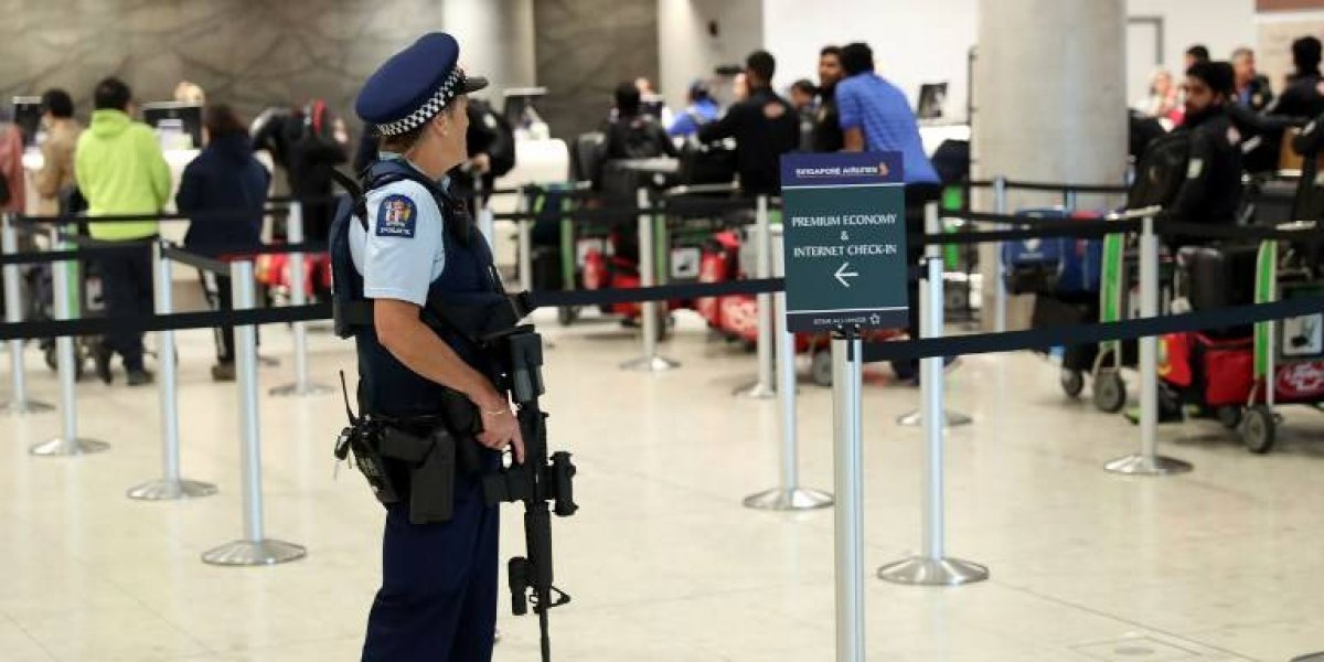 Cierran aeropuerto neozelandés por paquete sospechoso