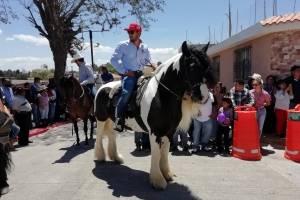 Realizan desfile hípico en San José Pinula