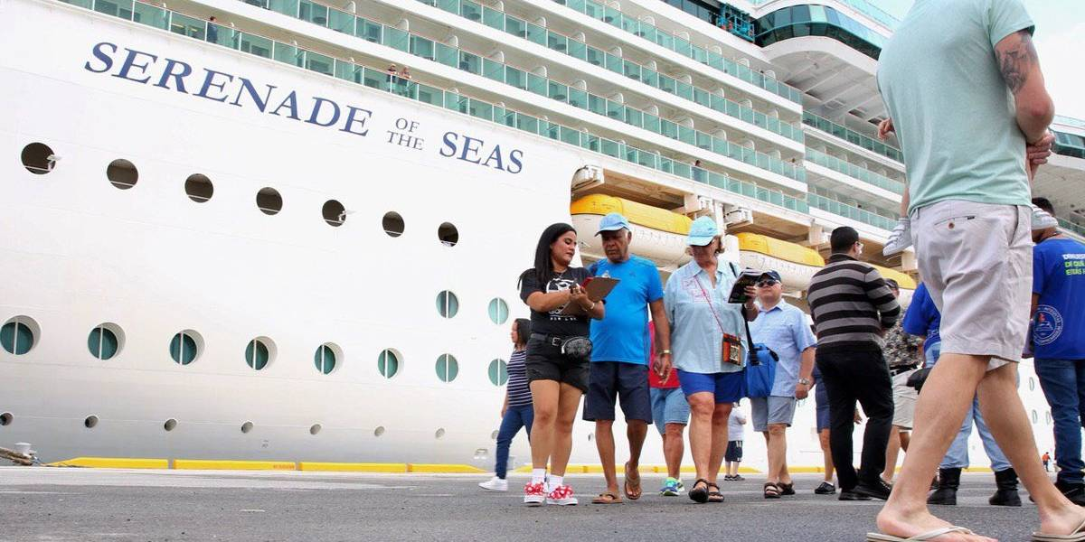 Enero rompe récord con más de 200 mil turistas que visitaron Puerto Rico