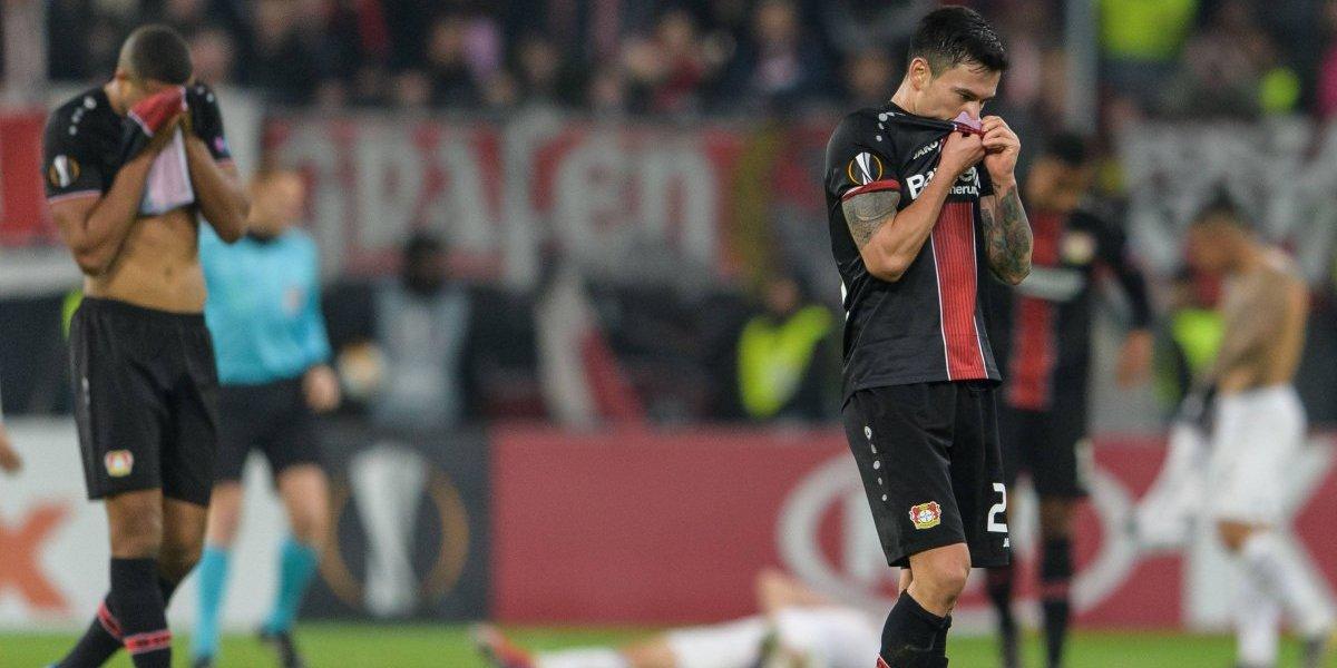 Charles Aránguiz y su Leverkusen sufrieron durísima derrota ante Werder Bremen en la Bundesliga