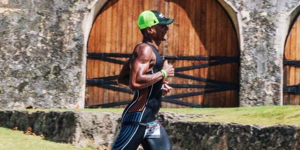 Atletas cruzan la meta del Ironman en Puerto Rico