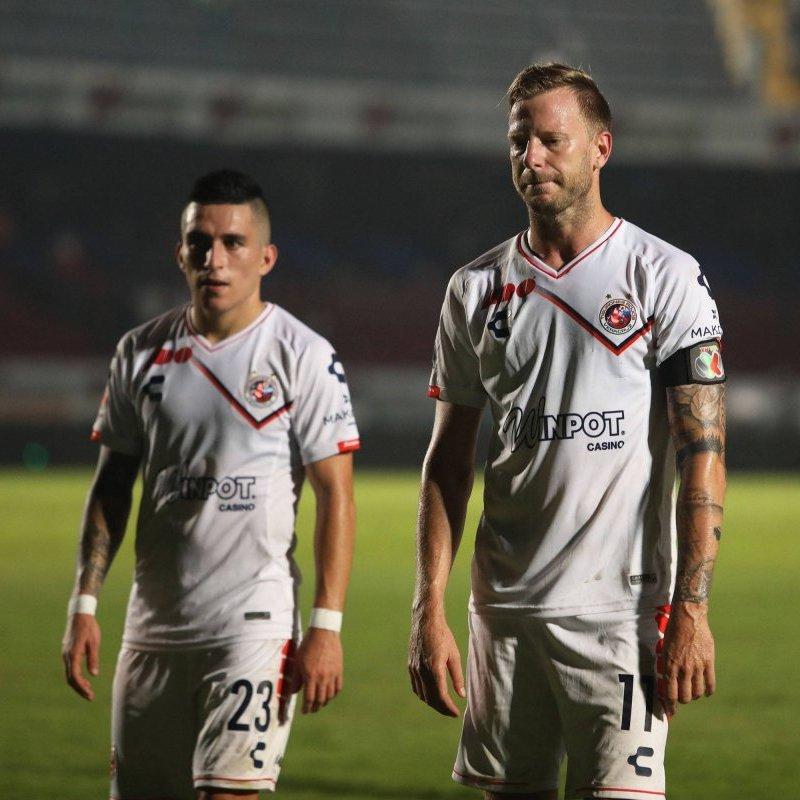 Pachuca sacó el poder ofensivo y goleó a Veracruz