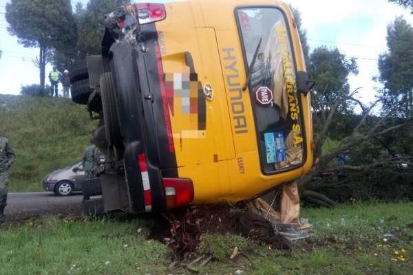 Quito: Accidente de tránsito provoca congestión vehicular en la avenida Simón Bolívar