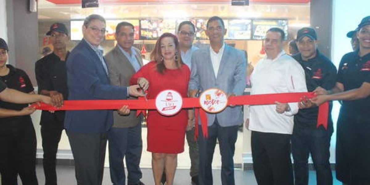 #TeVimosEn: Apertura Yao Zoom y 1 Meter Pizza en San Isidro
