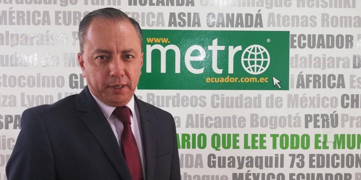 Xavier Buendía presenta ante el CNE denuncia contra las encuestadoras