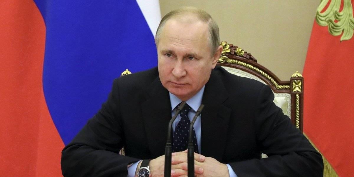 """""""EEUU aprovecha la compleja situación interna en Chile"""": gobierno de Putin descarta injerencia en el estallido social de nuestro país"""