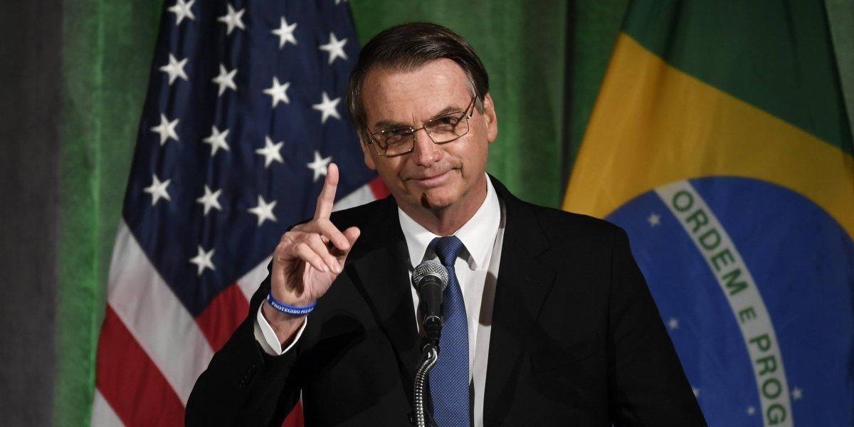 Jair Bolsonaro llega a EU para ampliar relaciones con Donald Trump