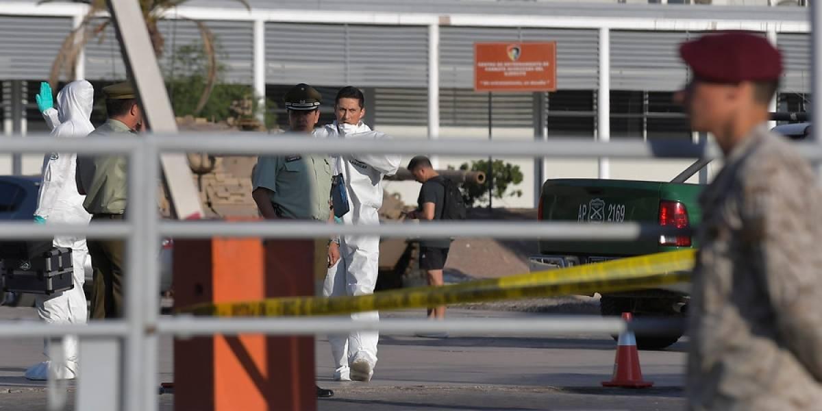 Agresiones con cuchillos y boxeo entre conscriptos: revelan videos con irregularidades en recinto del Ejército del tiroteo en Iquique