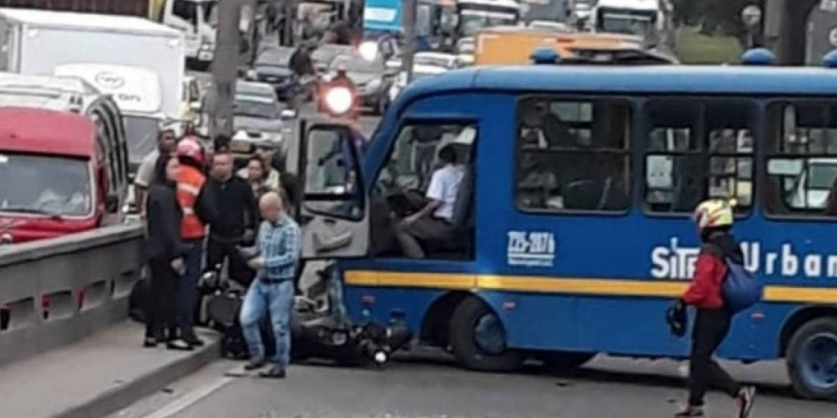 VIDEO: momento del accidente de bus del Sitp en la Avenida Primero de Mayo