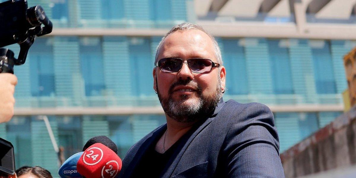 """""""Me enteré por la prensa"""": Sebastián Dávalos inscribe recordada frase de ex presidenta Bachelet tras caso Caval"""