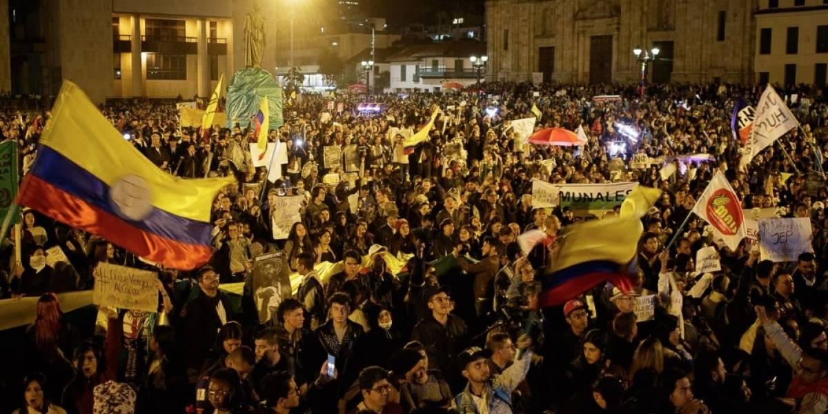 Fotos: colombianos salieron a abrazar la JEP en las calles de Bogotá
