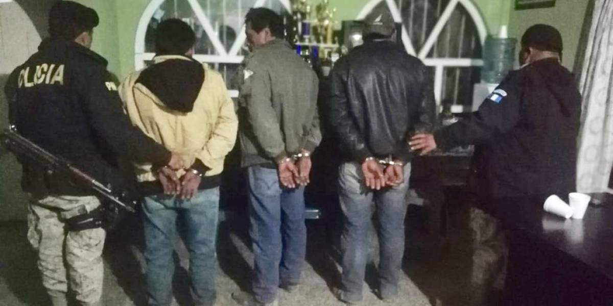 Totonicapán: Tres capturados por transportar 39 libras de marihuana