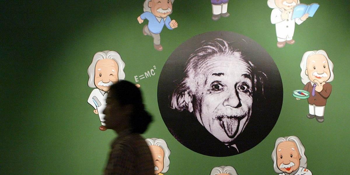 Se descubrió una nueva Cruz de Einstein en el espacio: Pero, ¿qué son realmente?