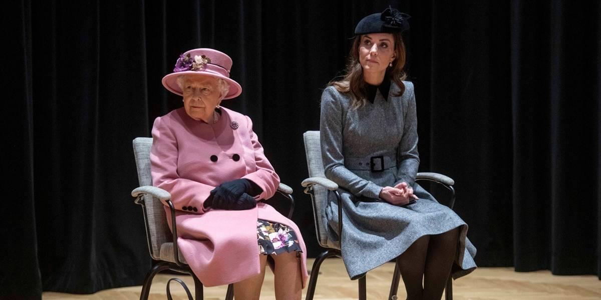 Kate Middleton alcança importante marco na família real em evento com a Rainha Elizabeth