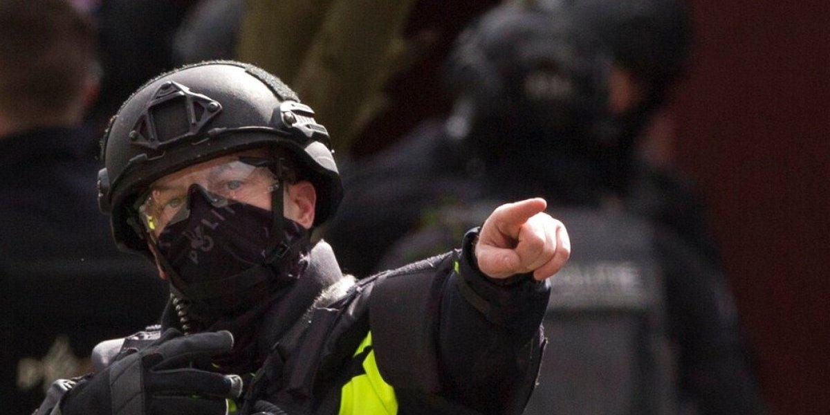 Autoridades de Holanda arrestan a tercera persona por balacera en tranvía