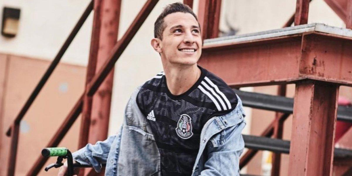 Jugadores de la Selección mexicana lucen nueva playera — FOTOS