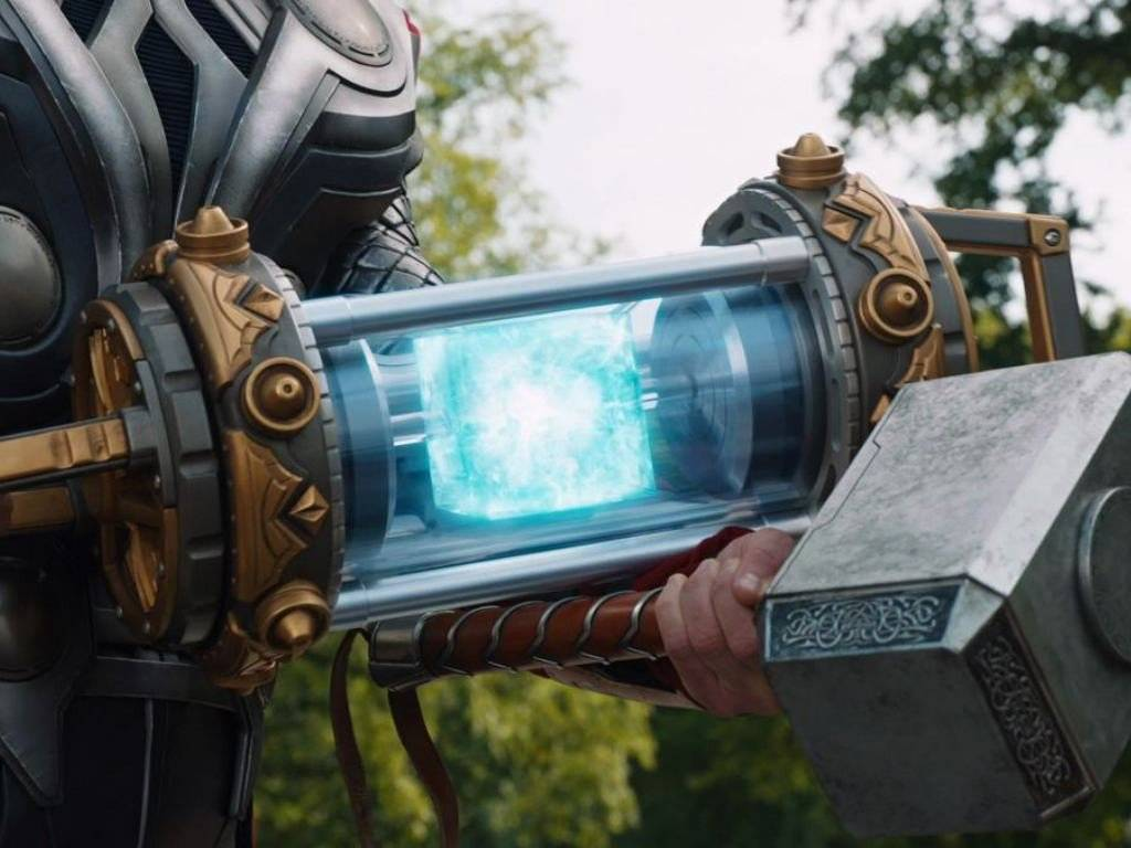 El Teseracto llevado por Thor a Asgard